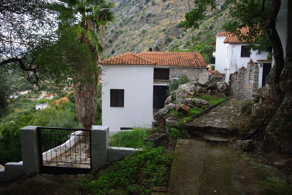 Stone House For Sale | Greek Real EstateGreek Real Estate